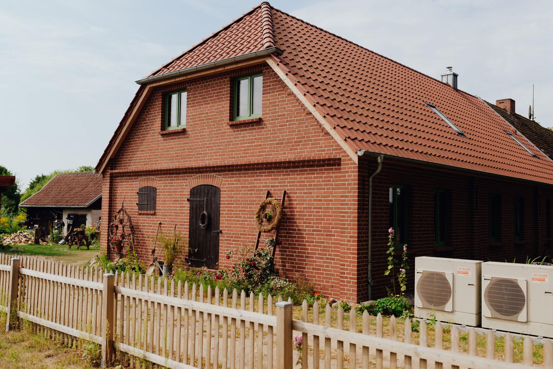 Einfamilienhaus im Landkreis NWM (06) / Totale
