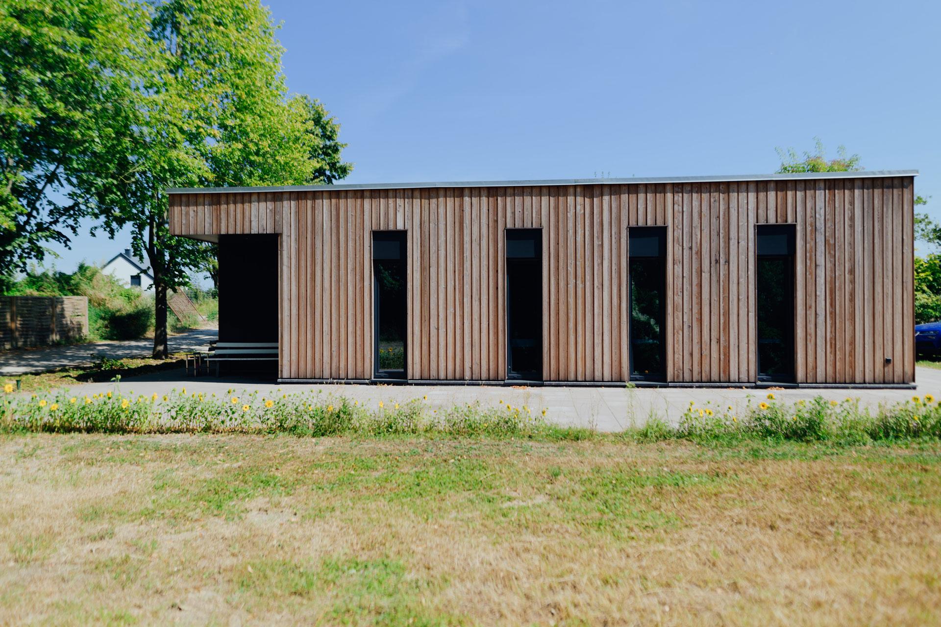 Sozialgebäude in Wismar / Totale