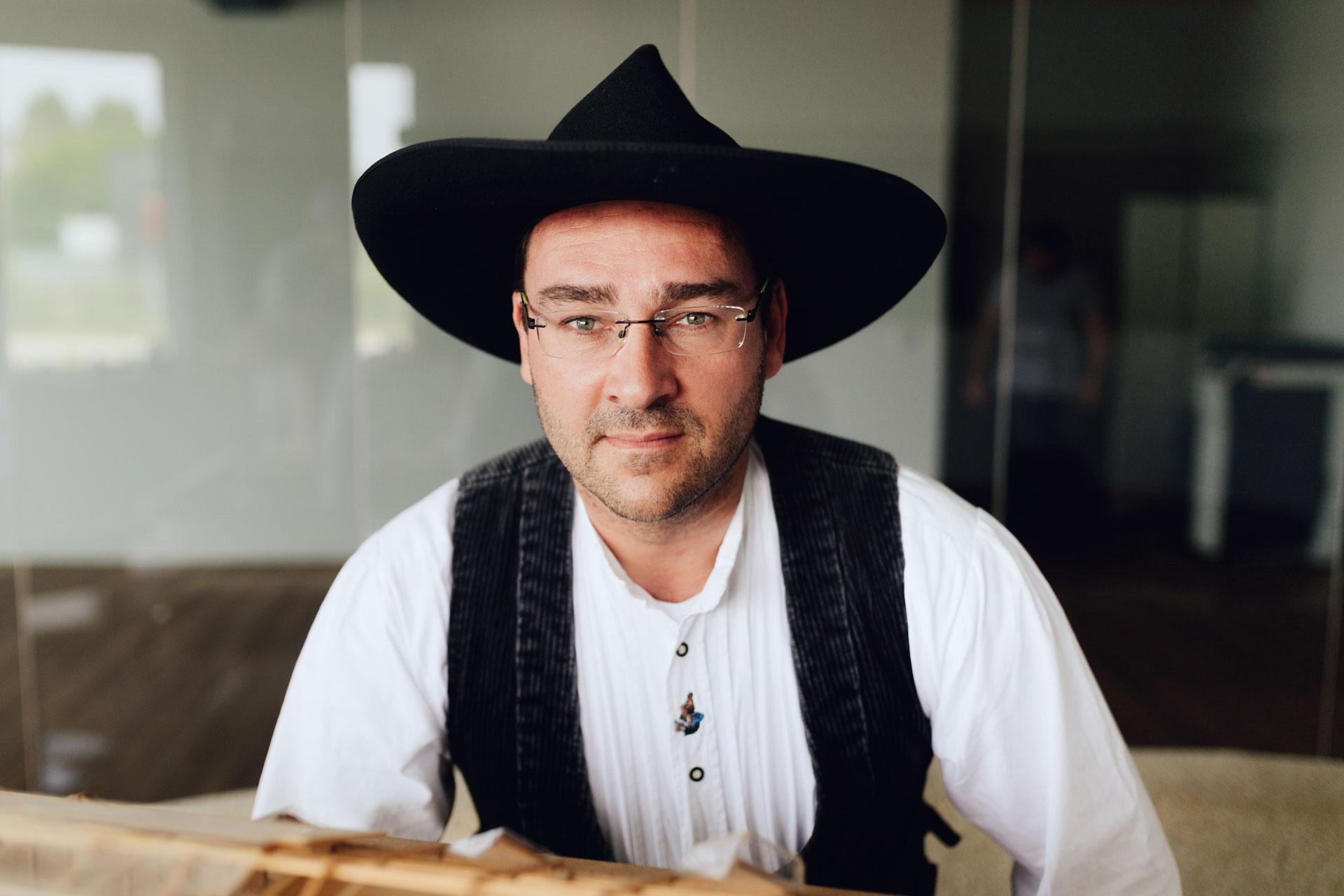 Marco Krentz in Zunftkleidung