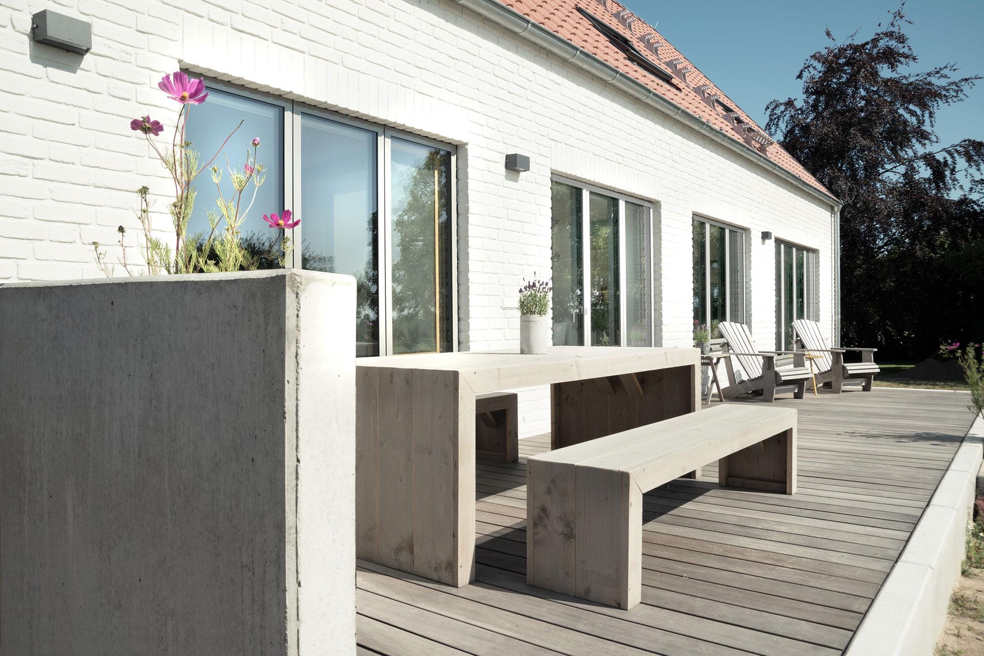 Terrasse im Landkreis NWM (03) / Nahaufnahme