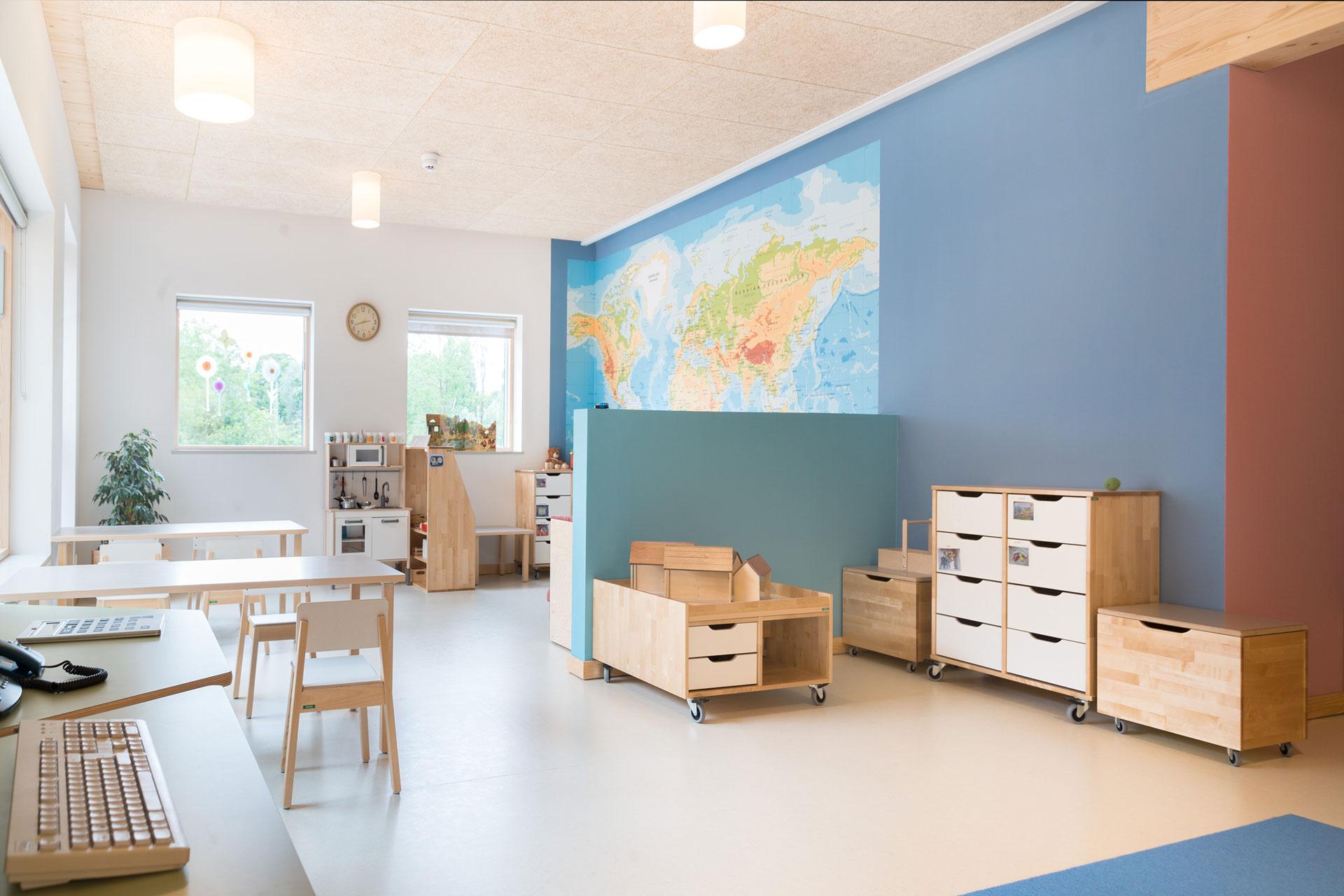 Verbundeinrichtung in Wismar / Totale Innen
